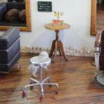 店内椅子の写真